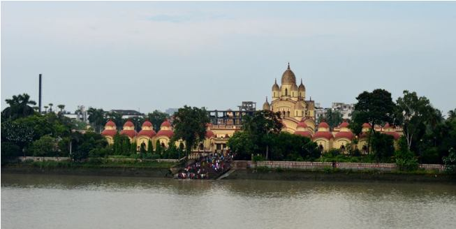 Dakhhineswar Temple from River Side